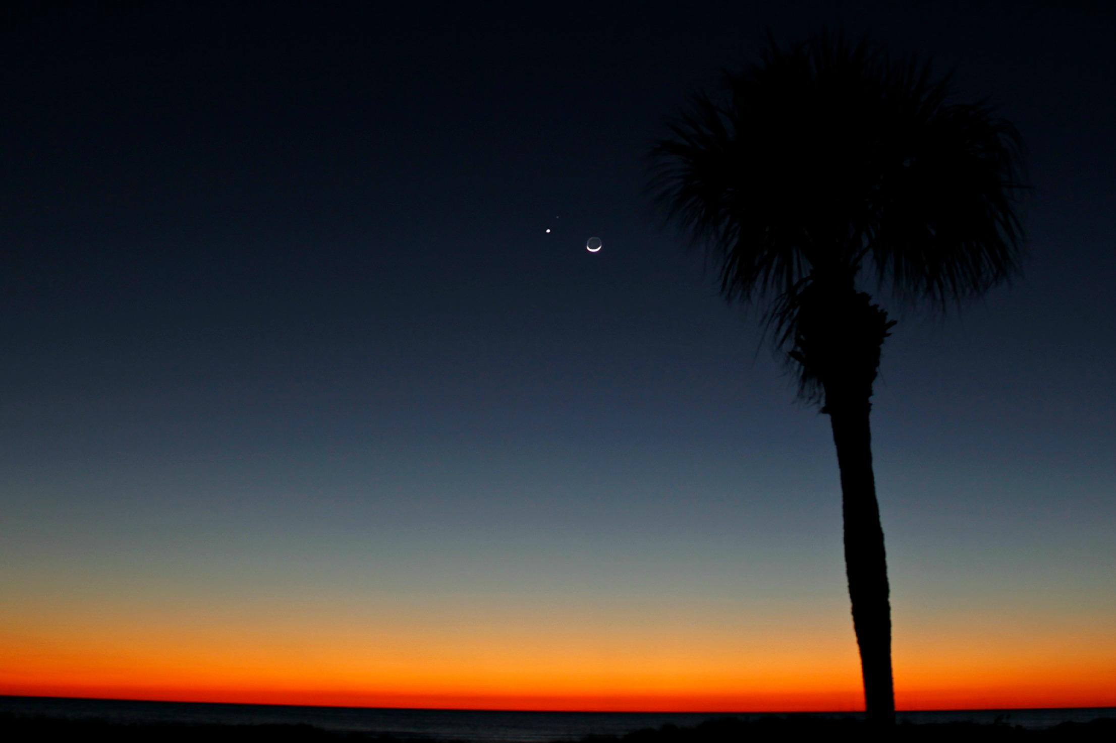 sunset moon xx